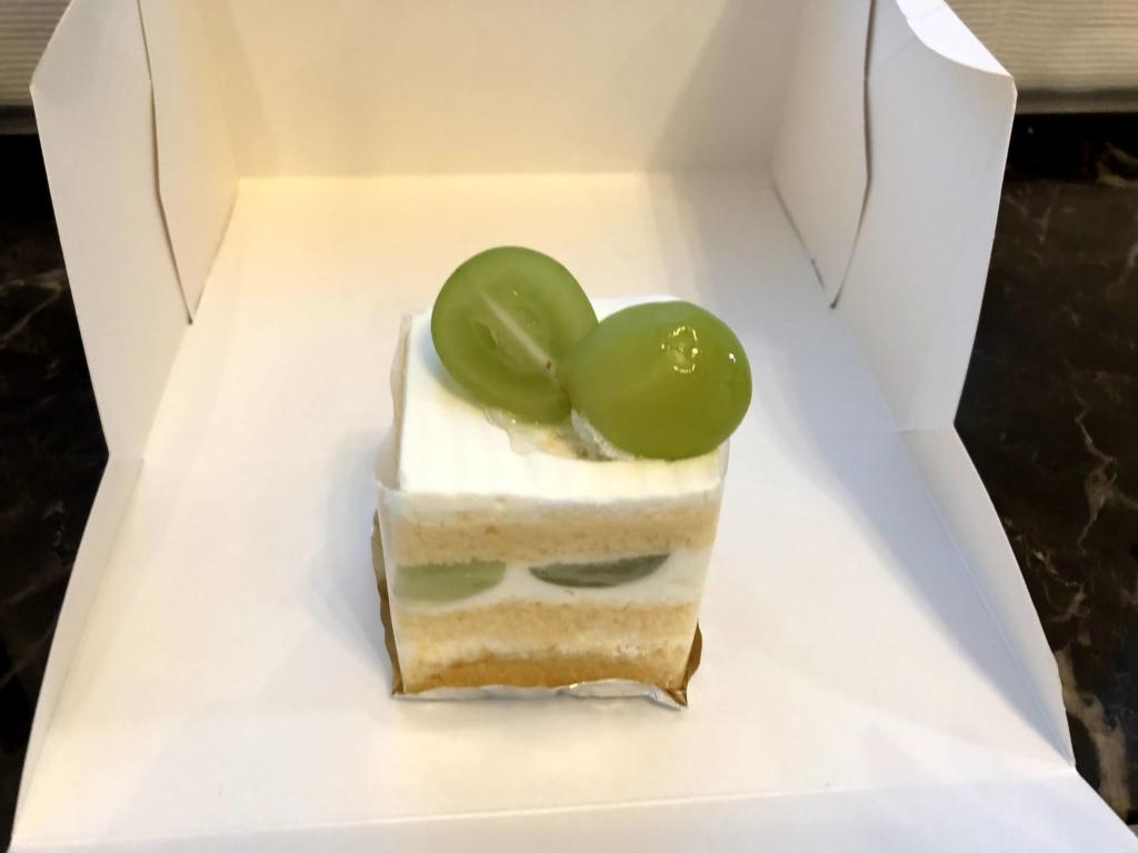 ヴォワザンマスカットのショートケーキ
