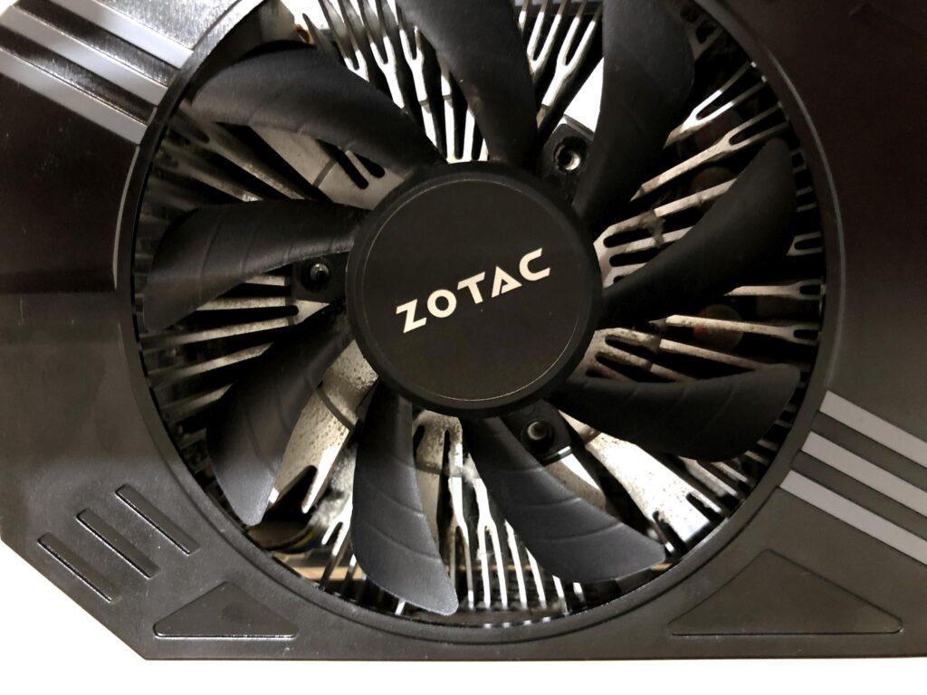 ZOTAC製 NVIDIA GPUを搭載したGeForce GTX 1060 6GBのファン